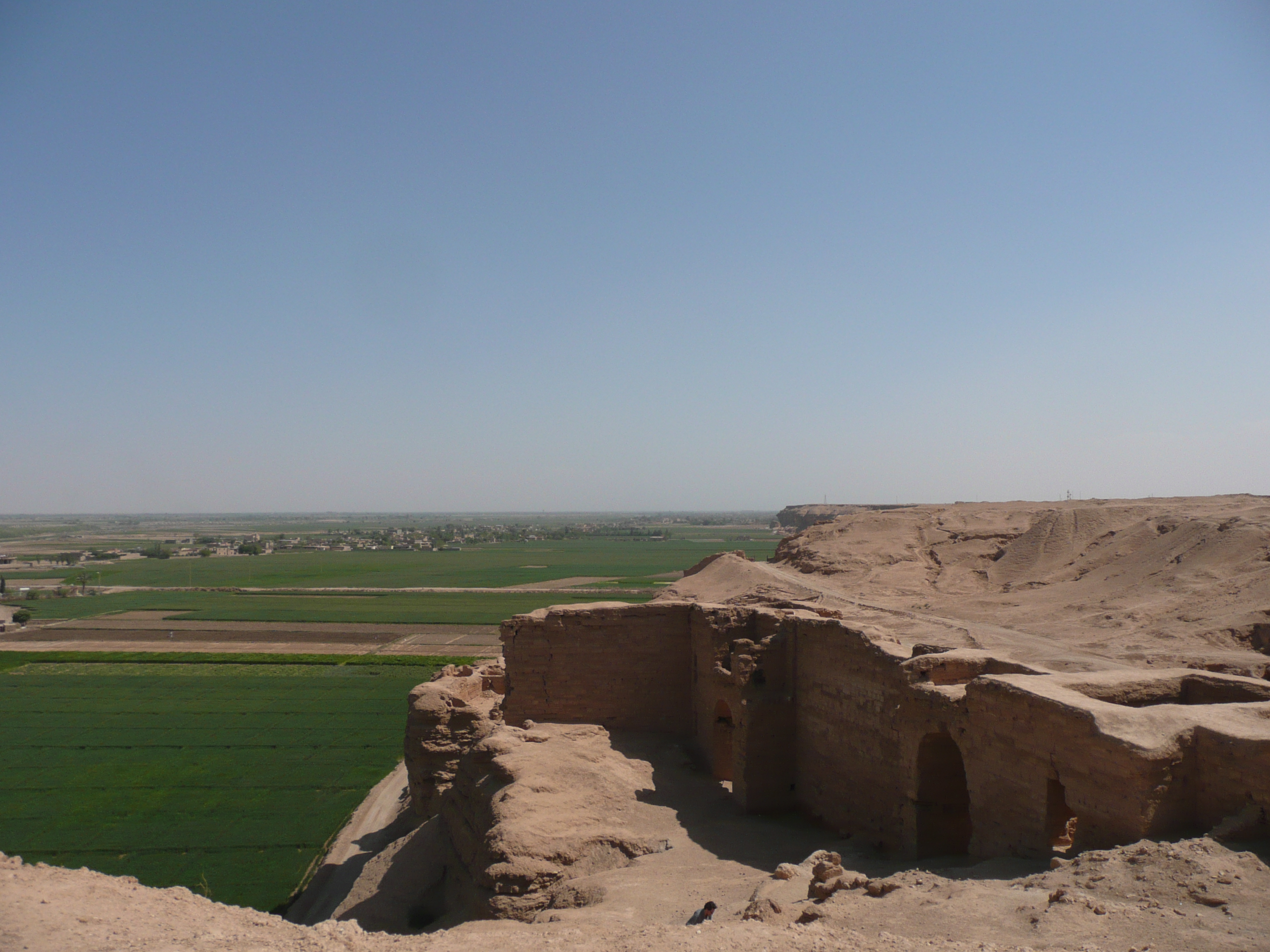 Citadel in Deir Europos by Ali Khan